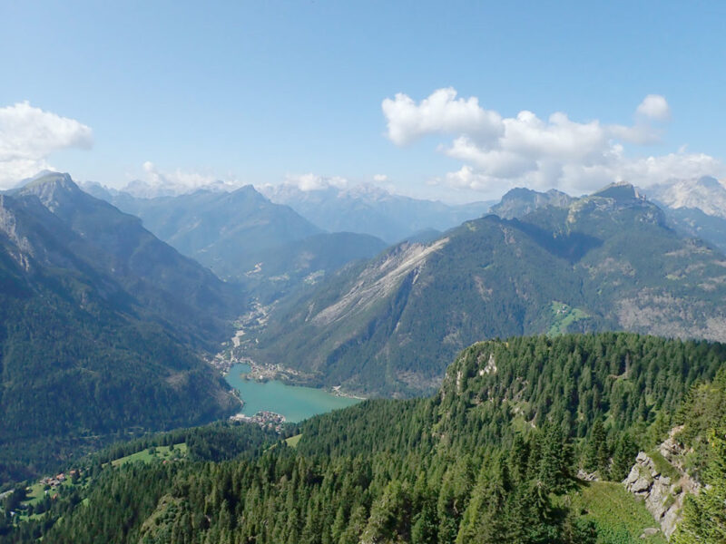 Lago di Alleghe con la frana del Monte Piz del 1771 - Proff. Alberto Bertini