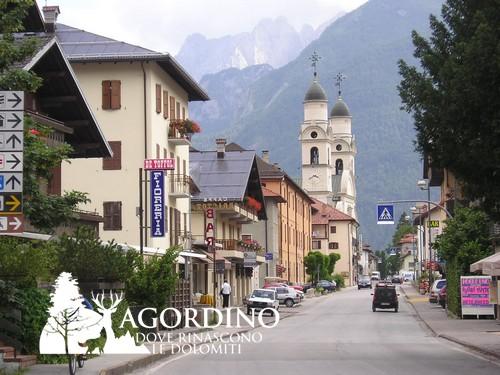 I campanili della Chiesa di Agordo - Dolomiti