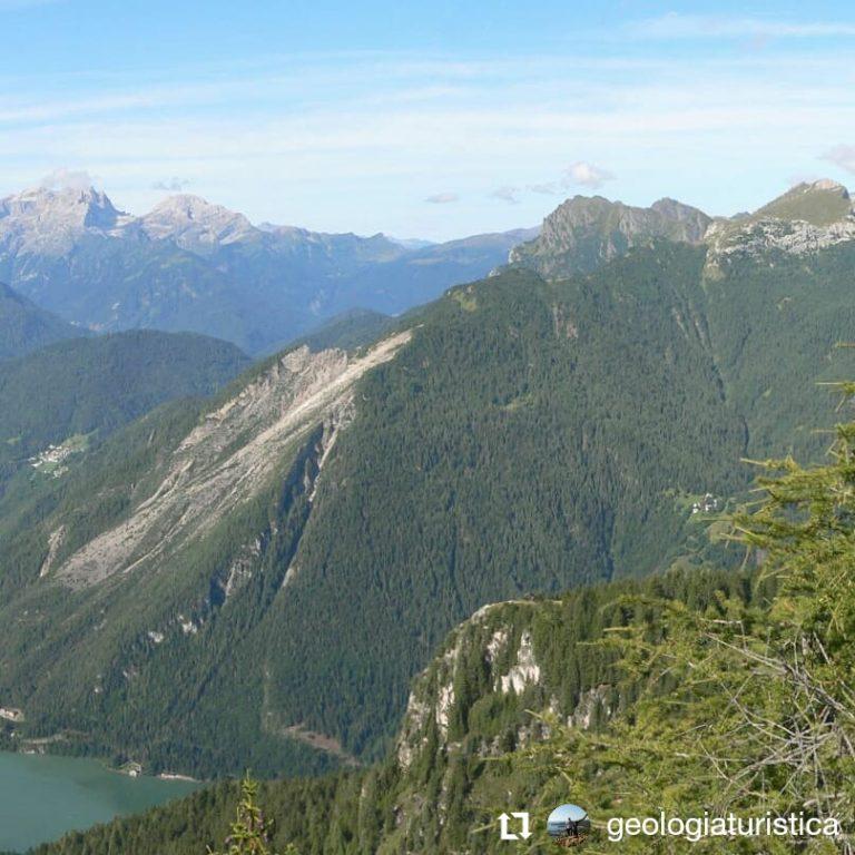 Panorama sul Lago di Alleghe, Monte Piz, Dolomiti