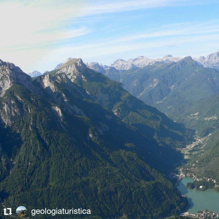 Panorama sul Lago di Alleghe, Civetta, Dolomiti