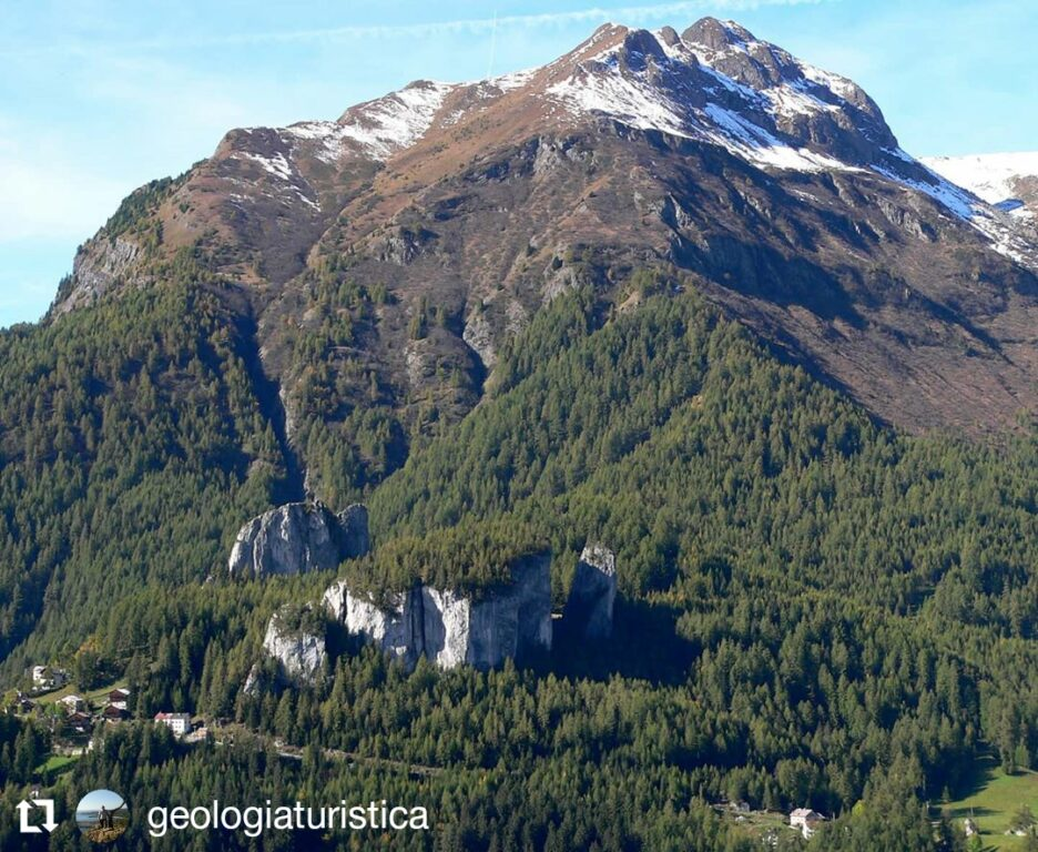 Laste di Rocca Pietore : massi testimoni di una frana sottomarina, Dolomiti