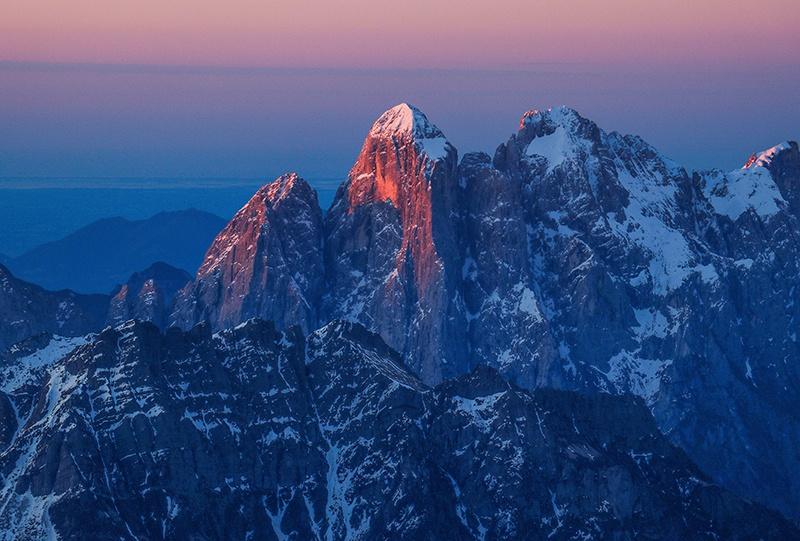 Lo splendido spigolo nord del Monte Agner e stravedamento- Simone Prà