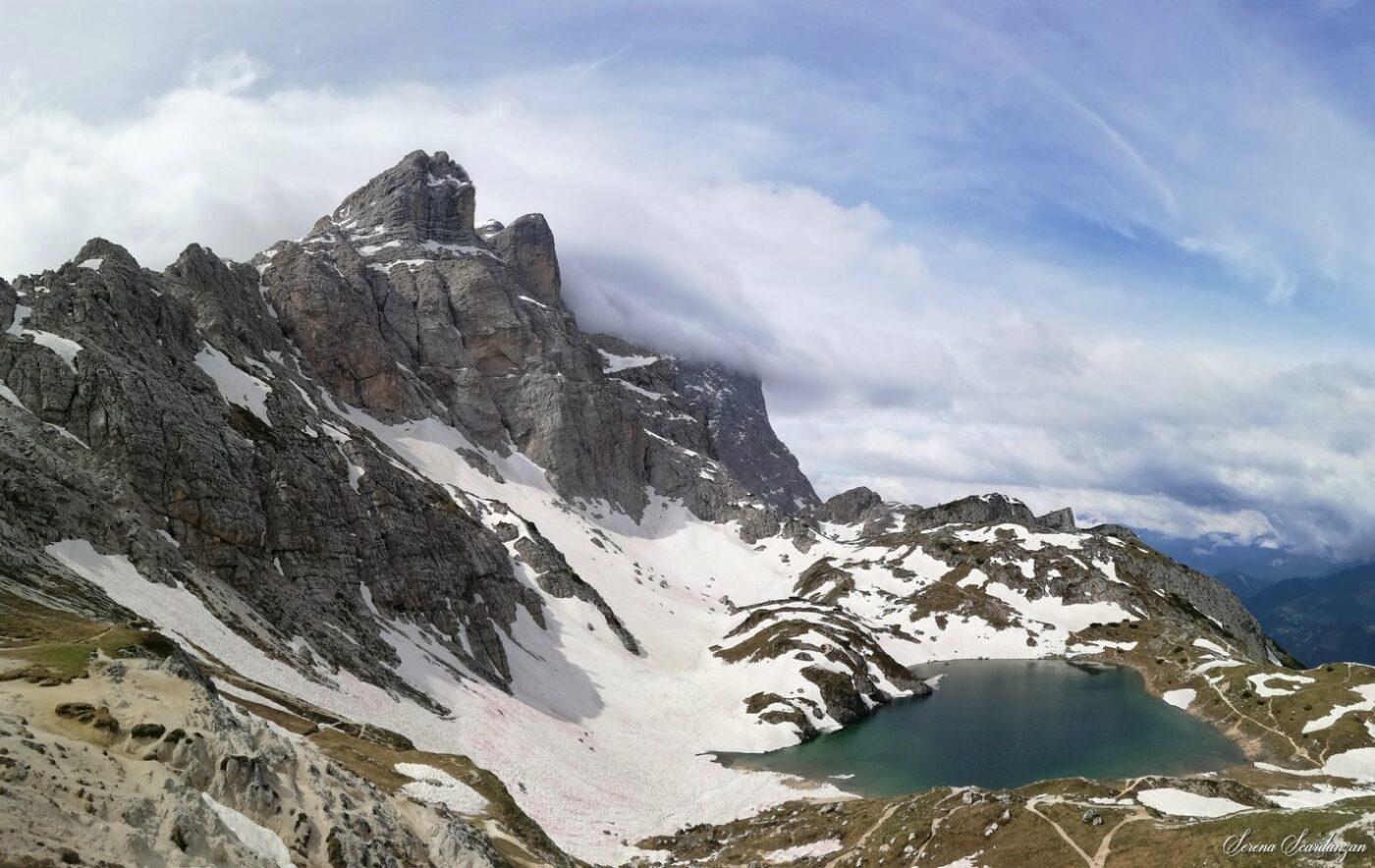 Il lago Coldai di Serena Scardanzan