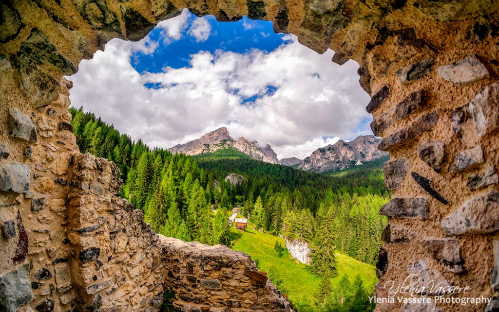 castello_andraz_view_sassdestria-ylenia-vassere