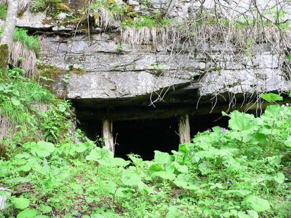 Marmo nero di Pont, Valle di San Lucano, Taibon Agordino