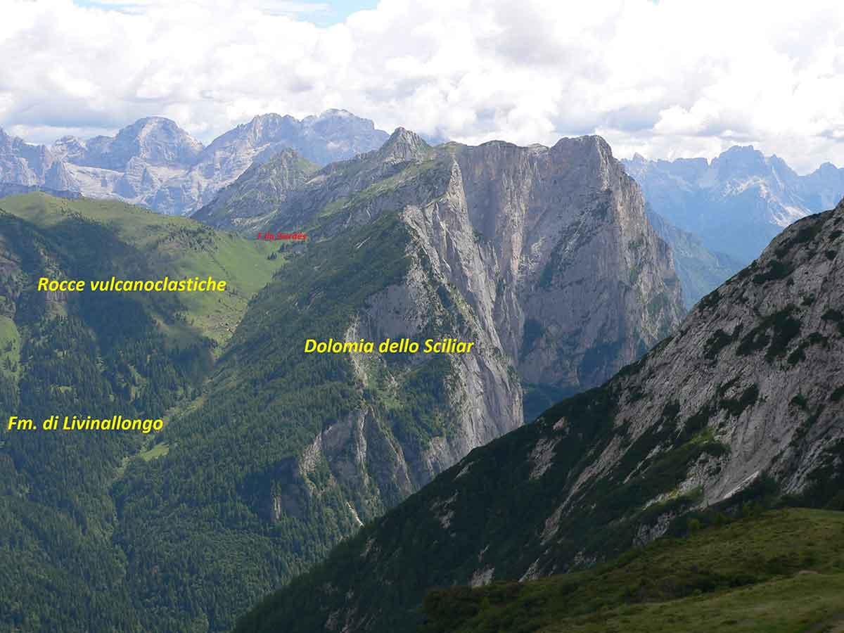 La Valle di Gardés vista dalla zona di Campo Boaro