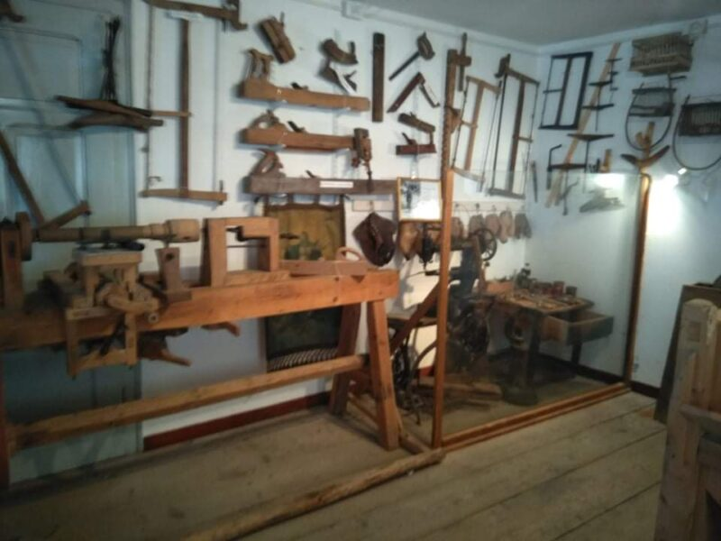 Strumenti  per la lavorazione del legno - Museo Etnografico di Gosaldo