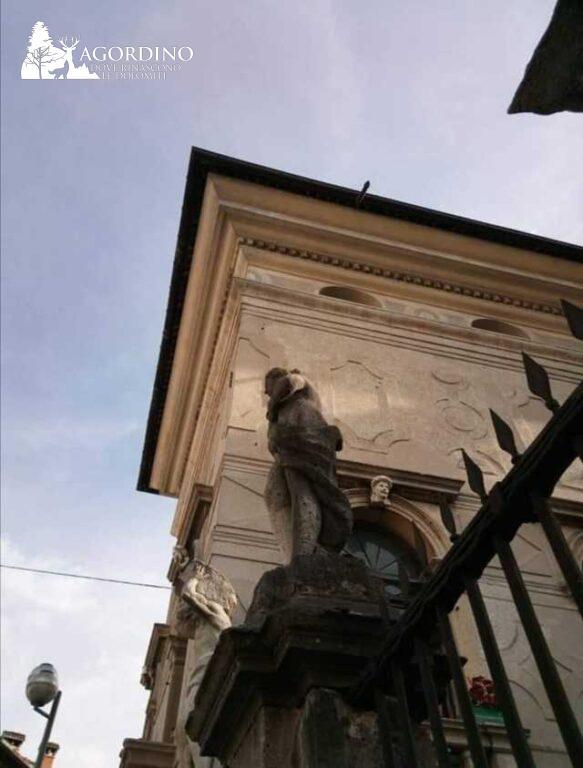 Statue di Villa Crotta De' Manzoni - Agordo foto di Iliana Comina